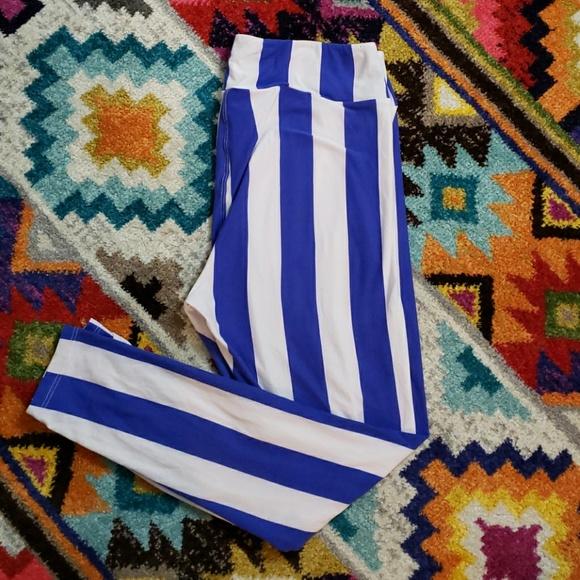 LuLaRoe Pants - Lularoe Beetlejuice TC leggings